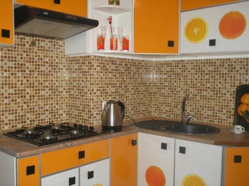 Кухня 011 цена: 55000 руб.