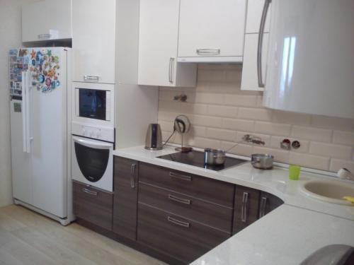 Кухня 017 цена: 68000 руб.