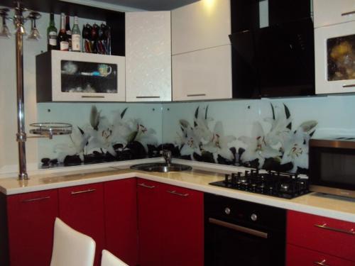 Кухня 025 цена: 61000 руб.