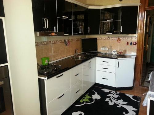 Кухня 028 цена: 63000 руб.