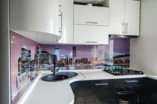 Кухня 041 цена: 69000 руб.