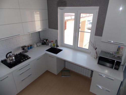 Кухня 047 цена: 67000 руб.