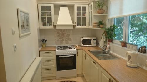 Кухня 052 цена: 53000 руб.