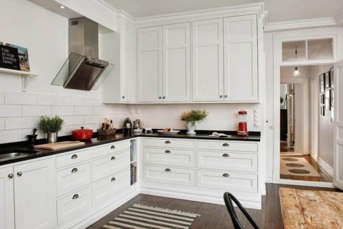 Кухня МДФ 007 цена: 87500 руб.