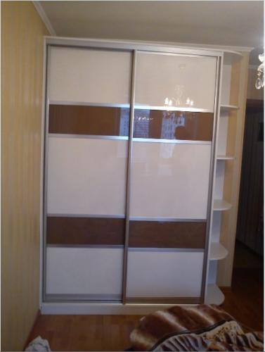 Шкаф-купе 015 цена: 32000 руб.