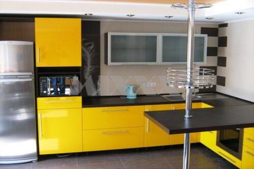 Кухня Апельсин 2.9*2.0м. Пластик цена: 78000 руб.